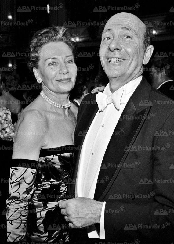 Wiener Opernball 1990 - Manfred Wörner mit Gattin