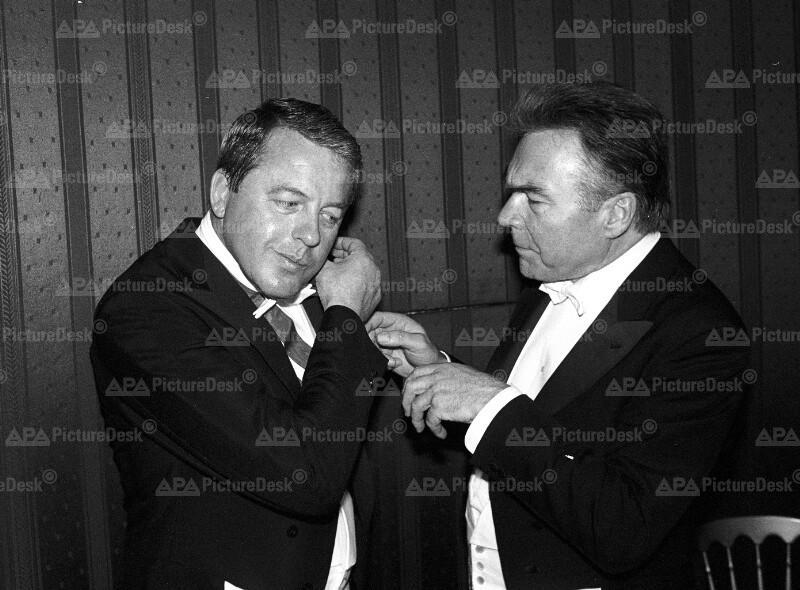 Franz Vranitzky und Beppo Mauhart auf dem Wiener Opernball 1990
