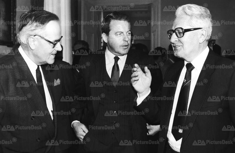 Hans-Jochen Vogel, Franz Vranitzky und Walter Romberg