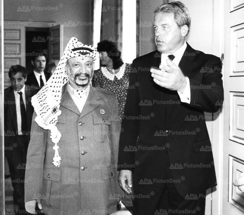 Franz Vranitzky und Yasser Arafat