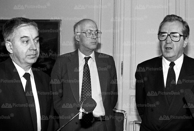 Franz Löschnak, Brian Lee Crowe und Alois Mock