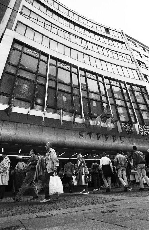"""Das Kaufhaus """"Steffl"""" in Wien"""