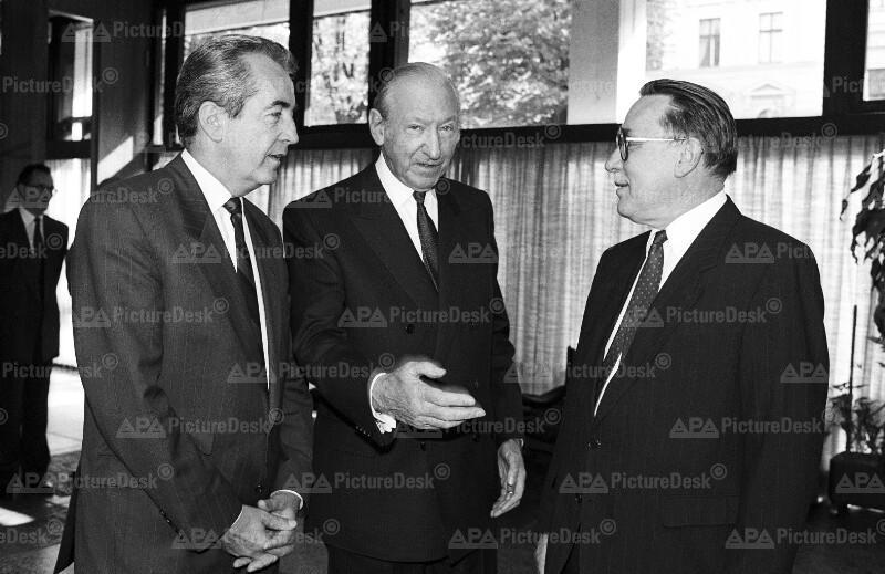 Alois Mock, Kurt Waldheim und Dietrich Graf von Brühl