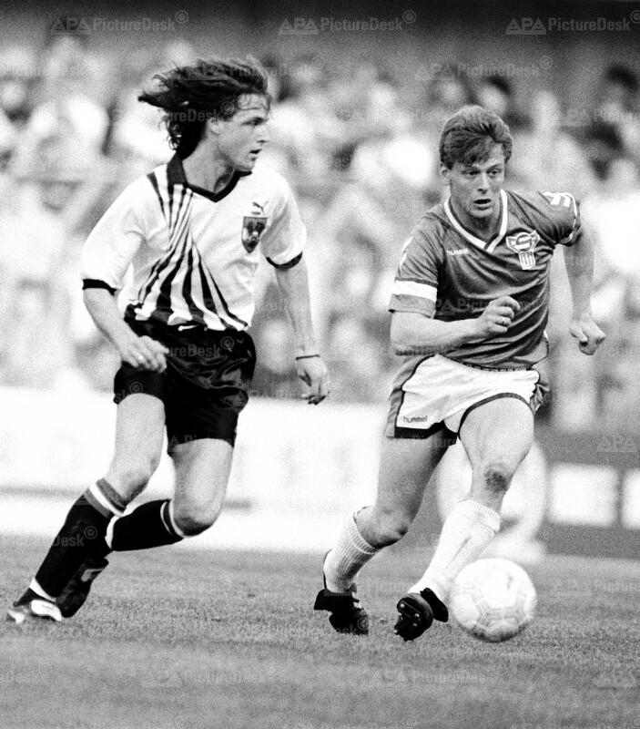 EM-Qualifikation 1991 - Österreich vs. Faroer Inseln - Pfeifenberger und Nielsen