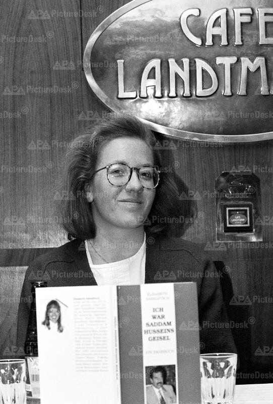 """Buchpräsentation """"Ich war Saddam Husseins Geisel"""" - Elisabeth Sabaditsch"""
