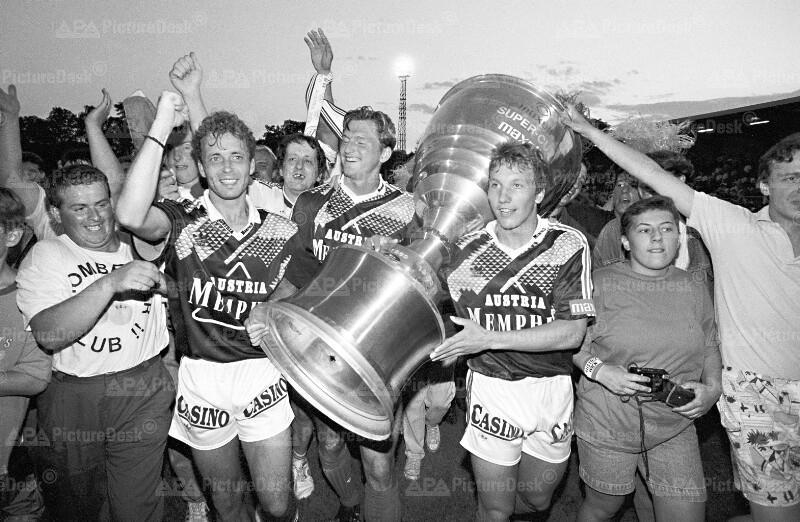 Fußball Supercup - Austria Wien gewinnt