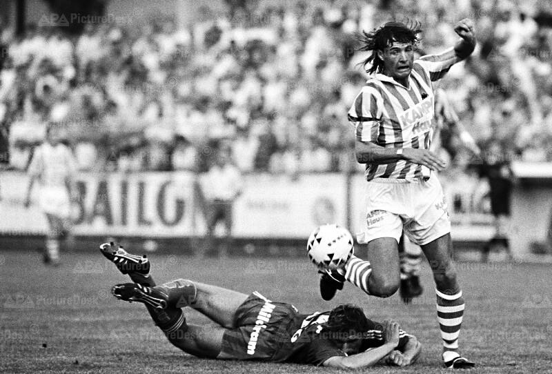 Fußball - Rapid vs. St. Pölten - Pfeifenberger und Rotter