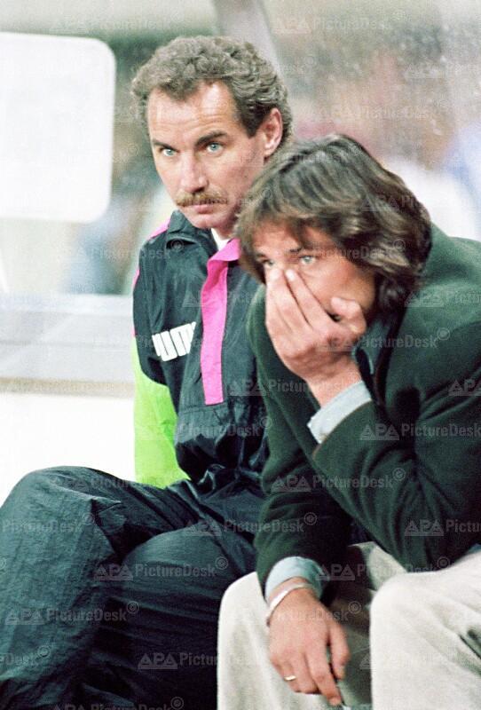 EM-Qualifikationsspiel Österreich vs. Dänemark - Constantini und Riedl