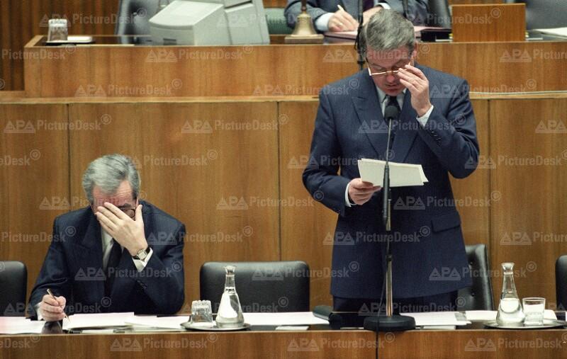 Alois Mock und Franz Vranitzky im Parlament