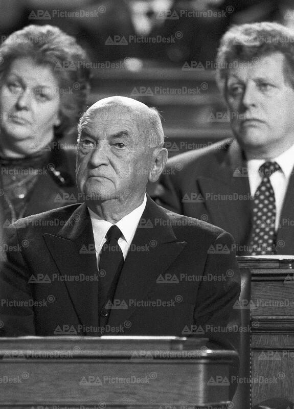 Anton Benya  bei Trauersitzung für Sallinger