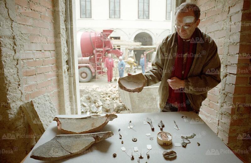 Ausgrabungen am Palais Harrach - Ortolf Harl