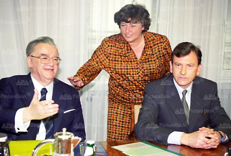 Aufsichtsratssitzung der BAWAG - Walter Flöttl, Lore Hostasch und Herbert Tumpel