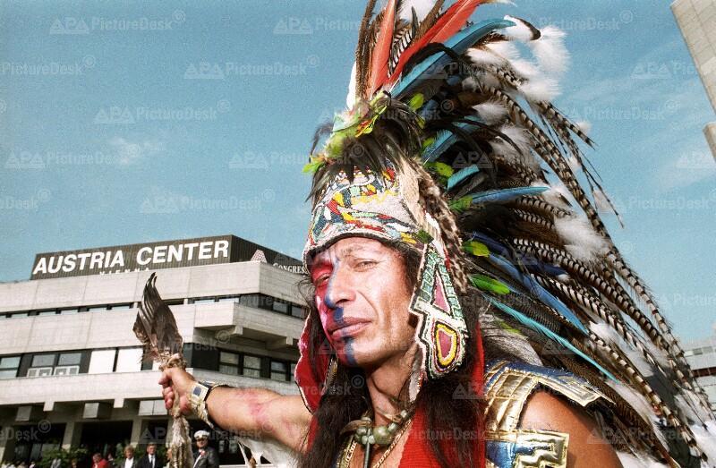 Azteke bei der UNO-Menschenrechtskonferenz