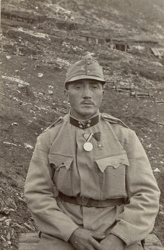 .Res. Korporal Hugo Teuber, Infanteriebattaillon 2/18, 3/7. Marschkompaniemit der großen silbernen Tapferkeitsmedaille
