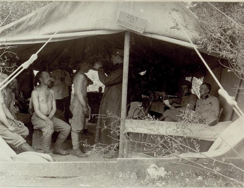 Zelt für Marodenvisite im Felde.