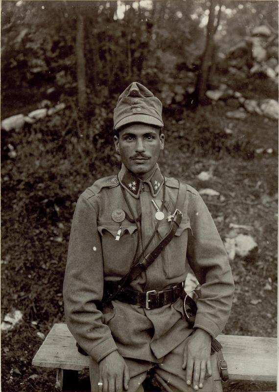 Szigeti Karoly, Zugsführer der Schweren Haubitzenbatterie 2/7 mit der kleinen silbernen Tapferkeitsmedaille