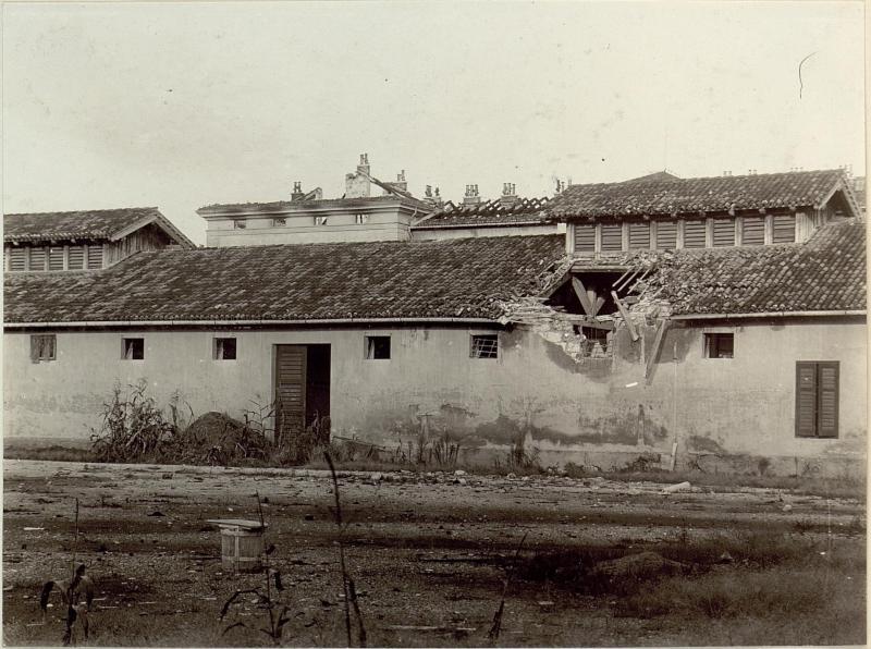 Schäden an der Kavallerie-Kaserne in Görz.