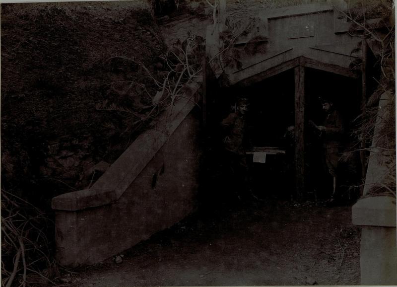 Die Kommandeurskaverne des XVI. Korps bei Vrtovin während der zehnten Isonzoschlacht