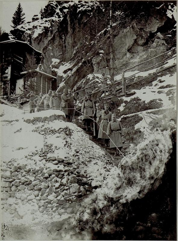 Armeekommandant Erzherzog Friedrich am Stützpunkt Tonale