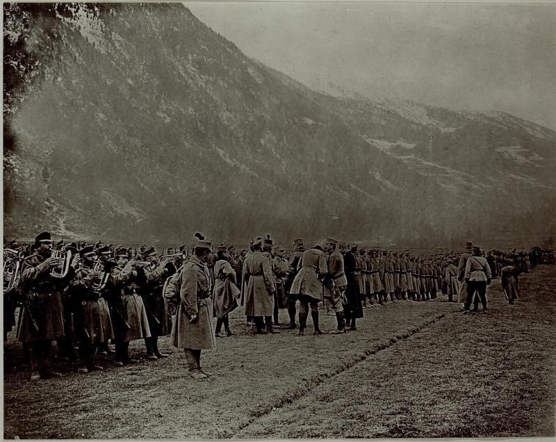 Armeekommandant Erzherzog Friedrich in Fucine Tonale