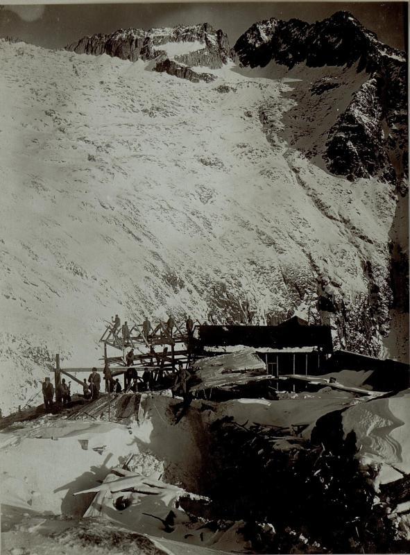 Aussicht von der Seilbahnstation auf der Piani Redont gegen Norden, Bocca Cunella