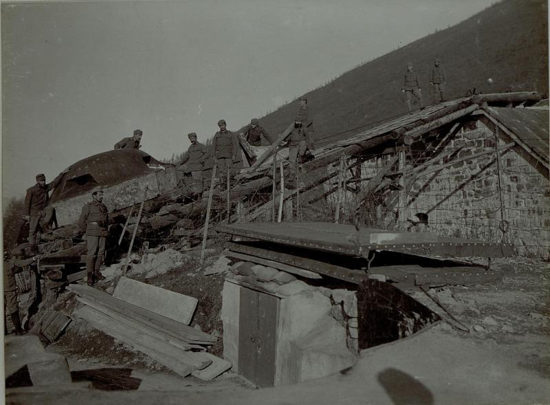 Abtragung des Panzerturmes des Werkes Colle delle Benne