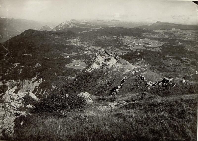 Artillerie Beobachtungsstand Pisnaknott mit Panorama Cima di Vezzena - Lusern, aufgenommen am 20. September 1915