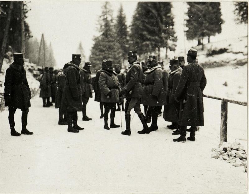 Erzherzog  Friedrich bei der 11. Armee:  Sebastiano-Sattel.