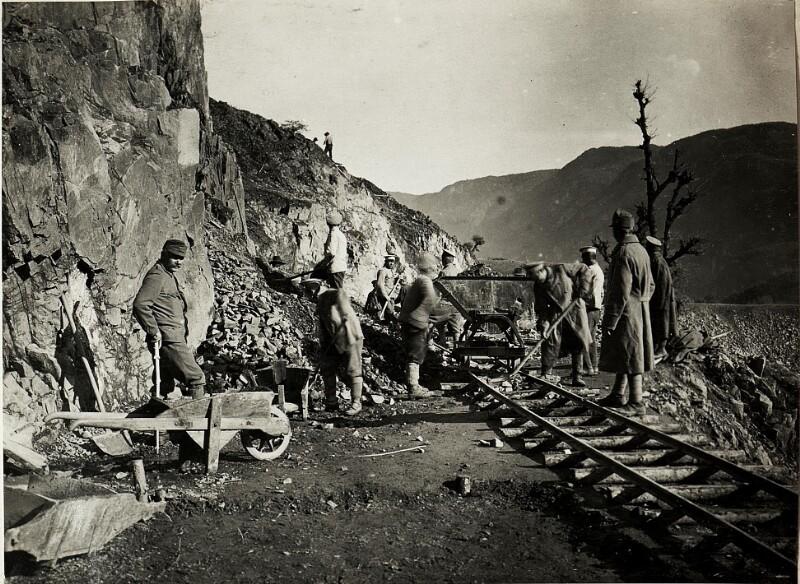 Fleimstalbahnbau.