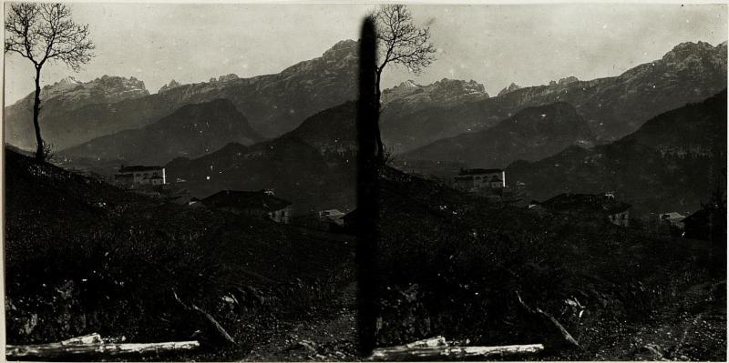 Blick auf Venas und Monte Zucco.