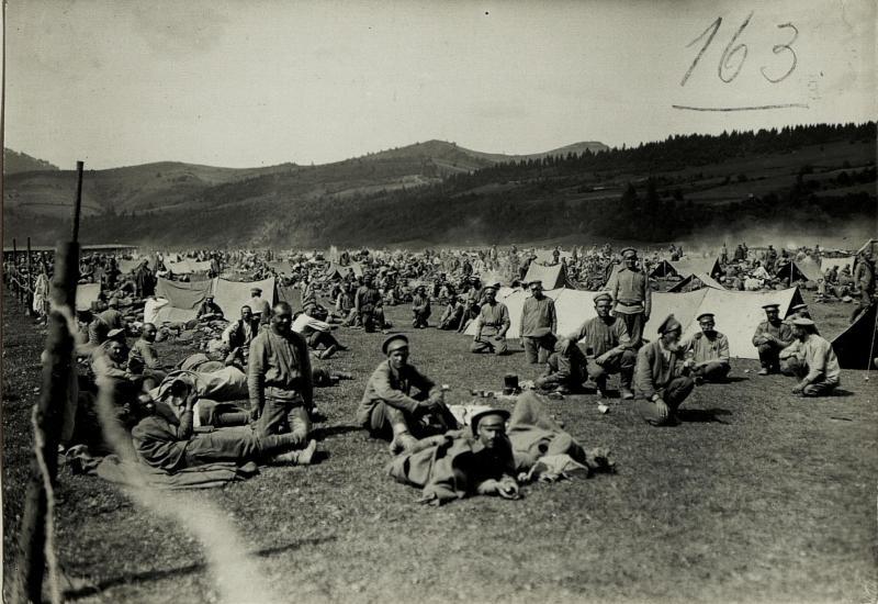 Kriegsgefangenenlager in Tuchla.
