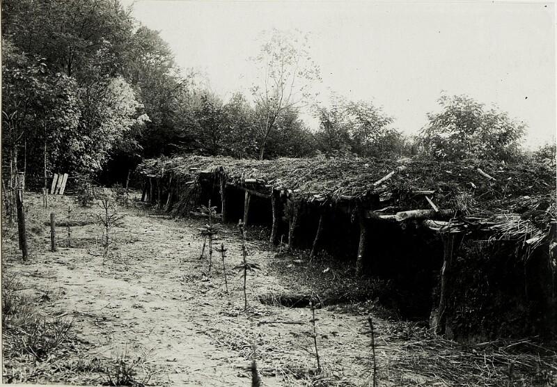 An der Zlota Lipa: Eigene Schützenstände im Walde