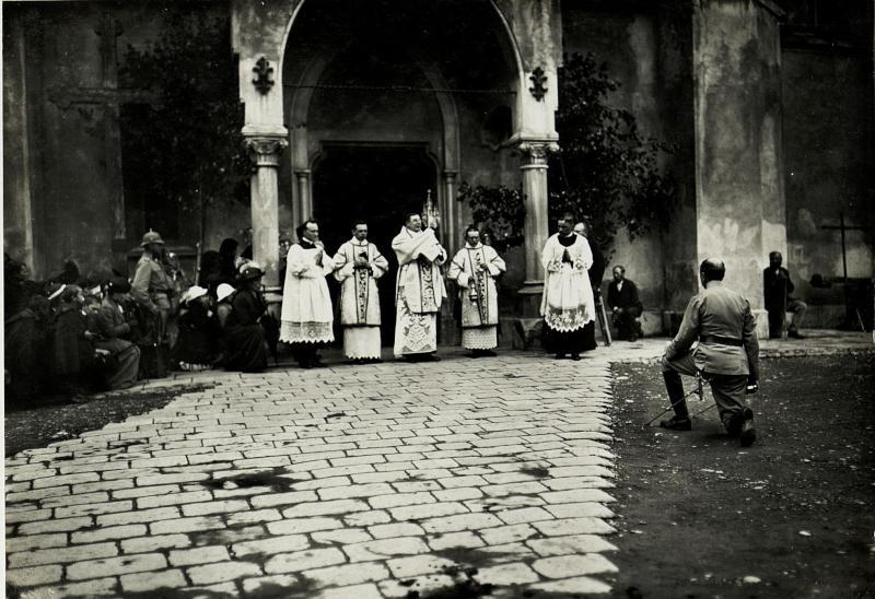Allerhöchste Geburtstagsfeier. (18.8.1915.) Militärischer Gottesdienst.