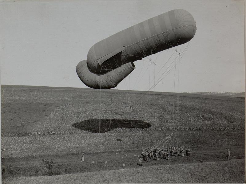 Ballon geht hoch, Ballonabteilung 3/2.R. südlich von Piratin