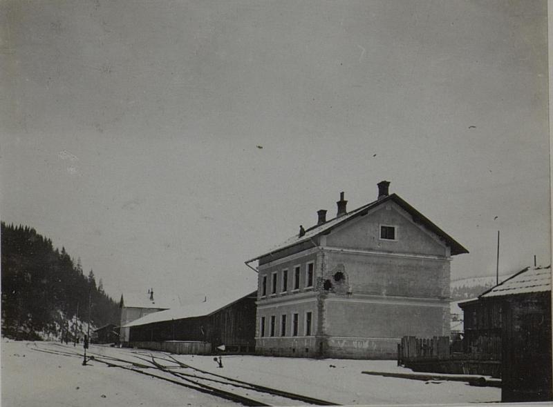 Bahnhof in Dorna Watra.