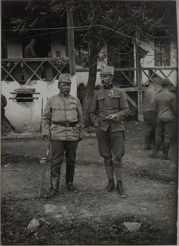 FML. SNJARIC und sein Glstbschef Hptm. BAUER. Cukojevac an der Morava. November 1915.