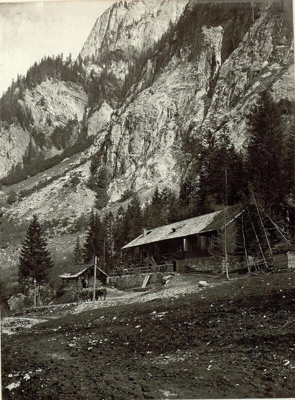 Wodnerhütte derzeit Hilfsplatz.