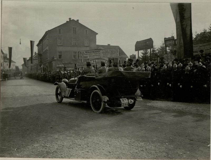 Abfahrt Sr.k.u.k.Hoheit Erherzog Thronfolger vom Bahnhof Villach.