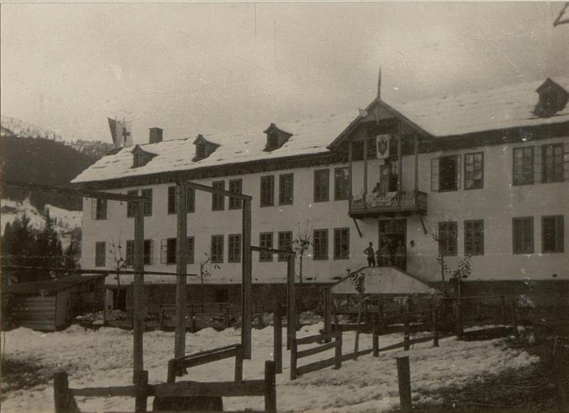 Brigade-Sanitätsanstalt Birnbaum, Gruppe Oberst Fasser, Gesamtansicht.