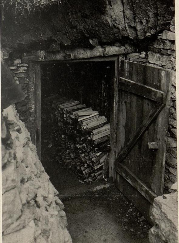 Basconstellung, Kote 1179 Eingang in die Kaverne.