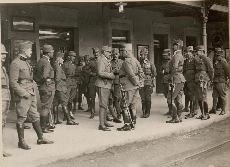 Abreise Sr. Exzl. Genobst. ROHR von Villach am 17.VI.1916.