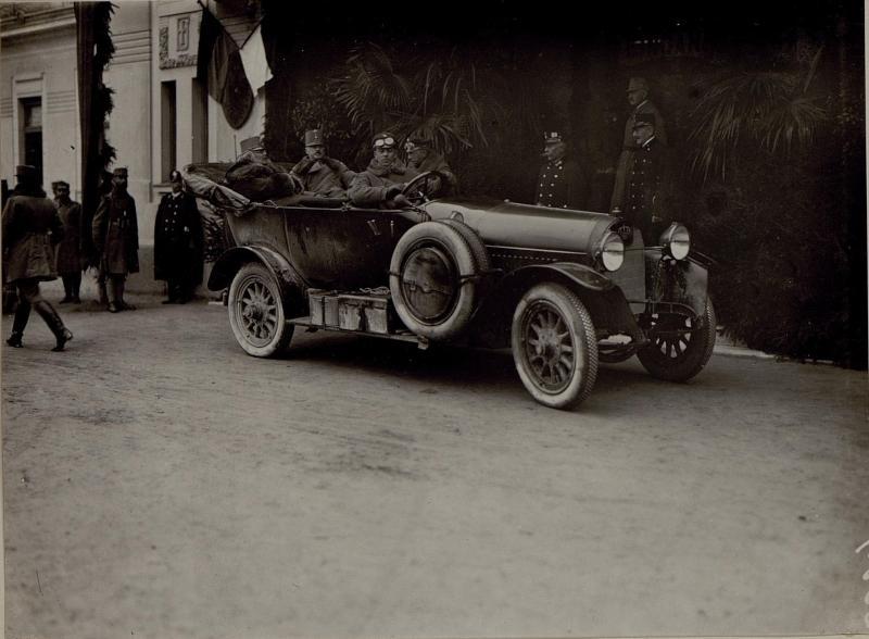 Abfahrt Sr.k.k.Hoheit Erzh.Friedrich von Villach