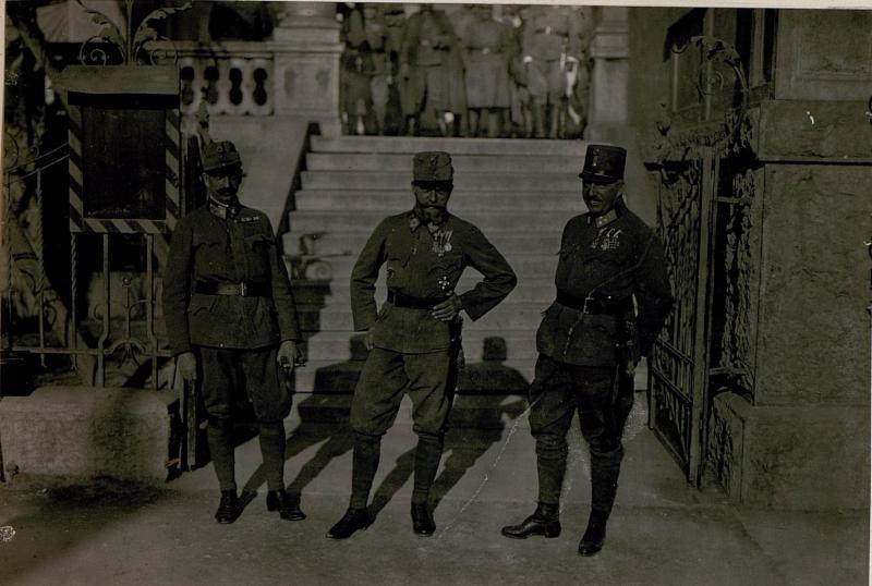 Besuch  von Erzherzog Heinrich, Erzherzog Peter und  Erzherzog Josef Ferdinand, beim 10. Armeekommando
