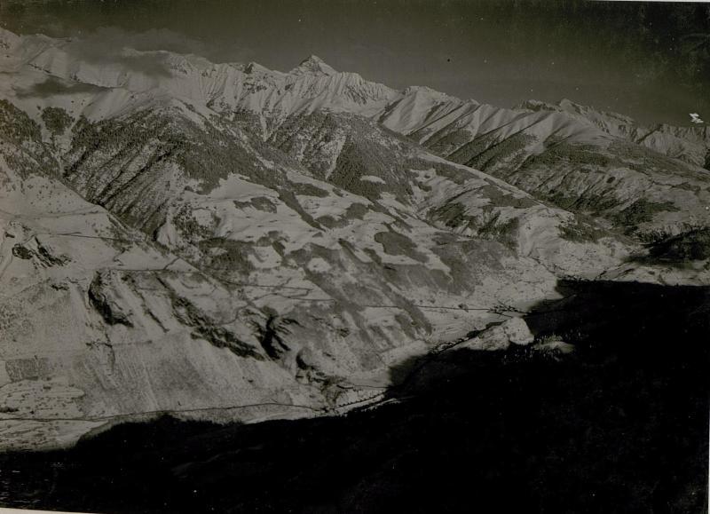 Blick auf den Monte Care alto und gegen Roncone.