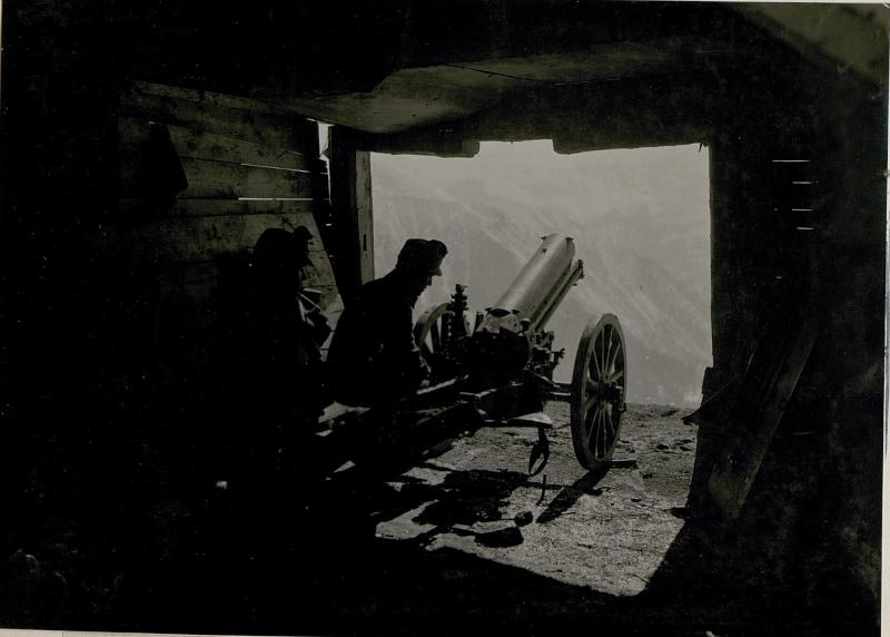 7.5cm  Gebirgskanonenbatterie auf Campei.