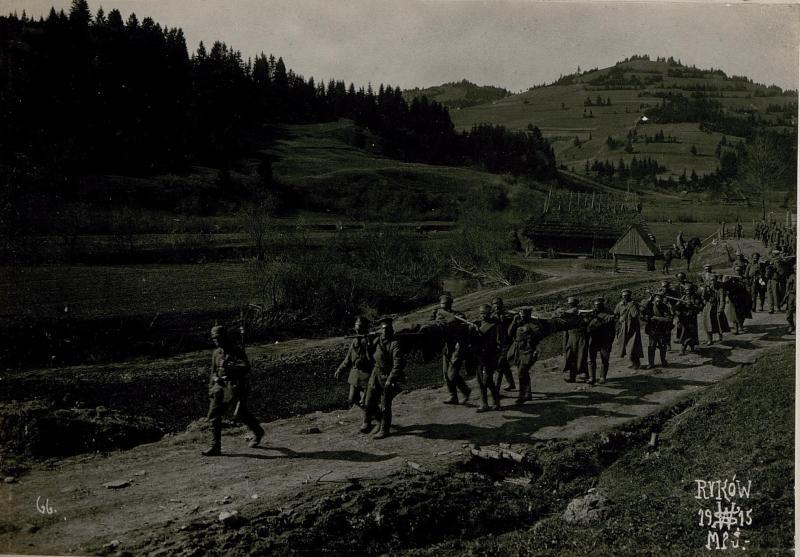 Verwundete Russen vom Ostry, Rykow.