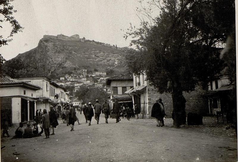 Berat: Türkenviertel, der Hauptplatz.