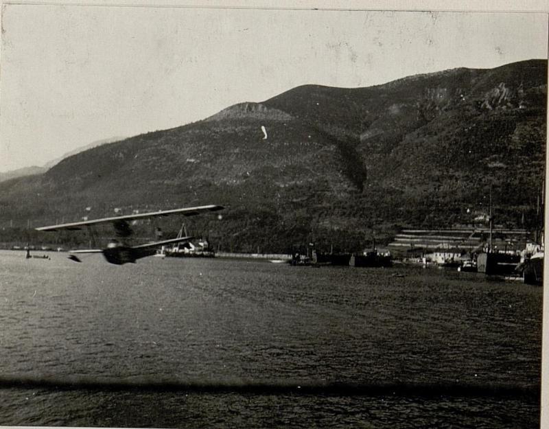 """Der Hydroplan """"M. 39"""" im Fluge."""