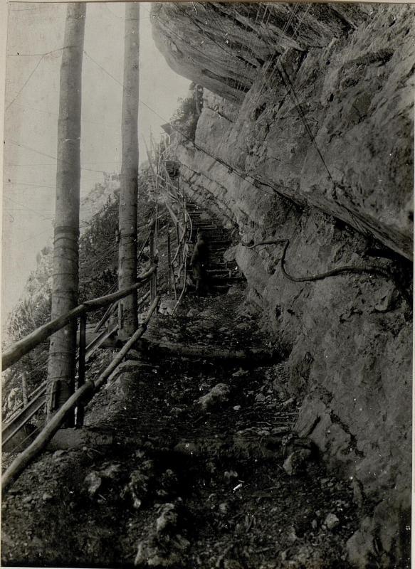 An der Cimastiege. Aufgenommen im Mai 1916.