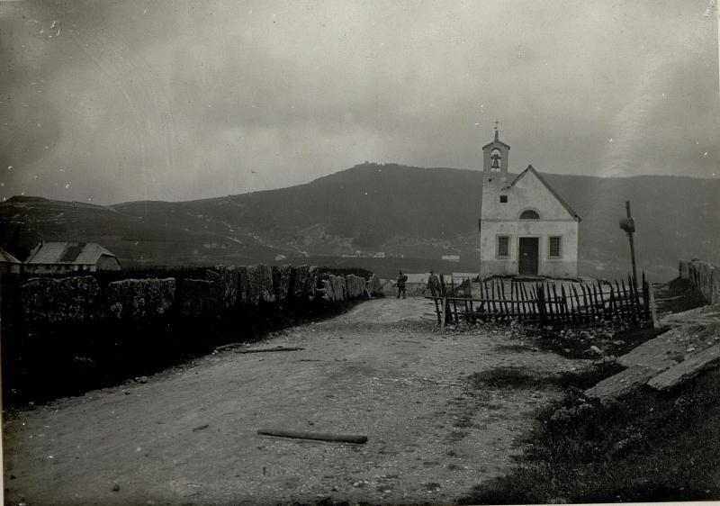 An der Strasse von Asiago nach Interotto. Aufgenommen am 6. Juni 1916.